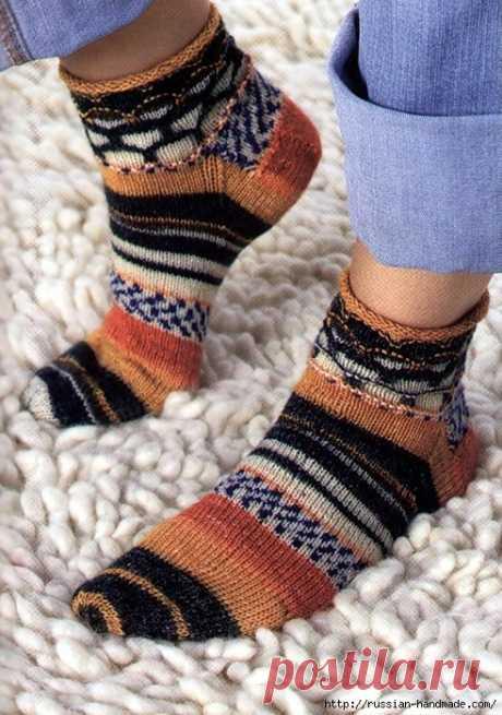 Носки спицами вяжем для всей семьи