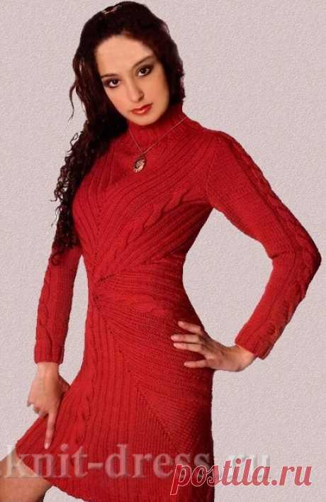 Платье зимнее спицами с косами от центра