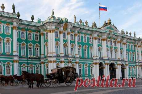 15 самых больших дворцов, которые действительно впечатляют   Точно определить, какой дворец в мире является крупнейшим достаточно сложно, поскольку представители разных стран утверждают, что именно у них дворец «самый-самый». В разных странах у дворцов разли…