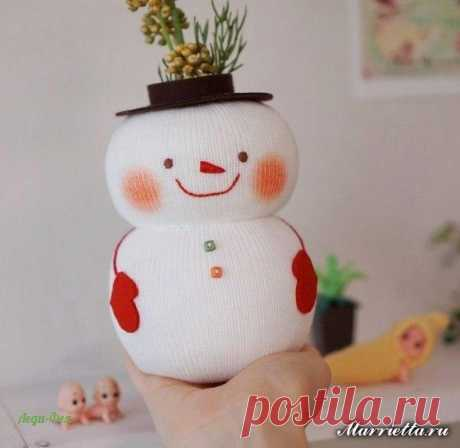 Снеговик - органайзер из носка и бутылки. Мастер-класс