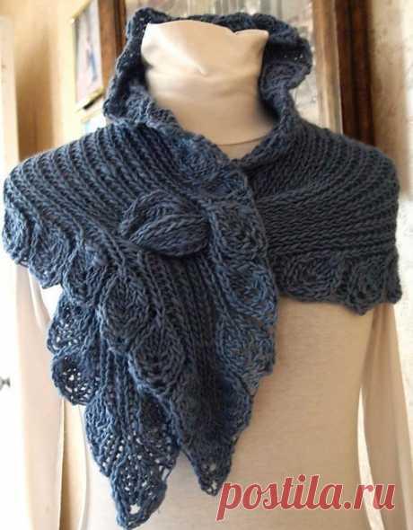 Эффектный шарф с листьями (спицы).