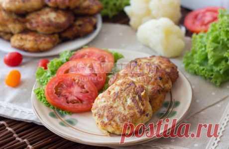 Рубленные котлеты из куриной грудки с цветной капустой и овсяными хлопьями, рецепт куриных котлет с пошаговыми фото | Все Блюда