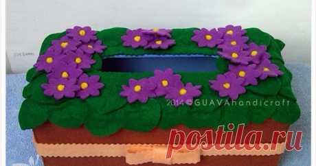 African Violet Tissue Box Kreasi Kotak tisu flanel motif bunga terbaru siap menghiasi rumah anda.