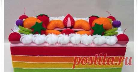 Kotak Tissue Flanel - Rainbow Cake 08 Kotak tisu flanel  full color terbaru, tema rainbow cake yang super yummy dengan harga terjangkau siap menghiasi rumah anda.
