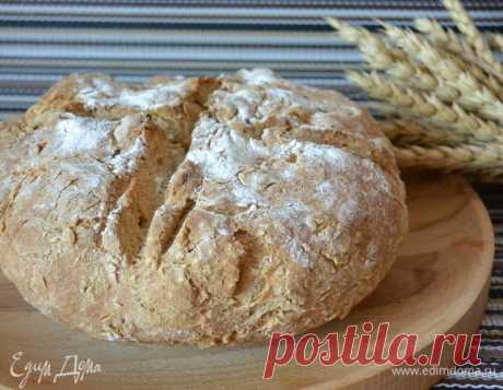 Хлеб из ржаной муки. Ингредиенты: кефир 2,5%, мука 1 сорт, ржаная мука