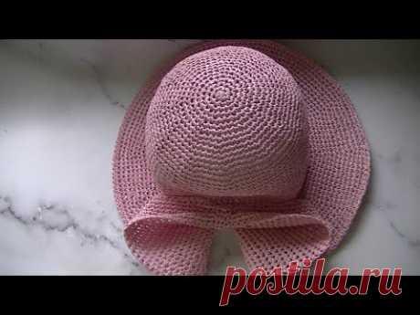 Вяжем летнюю шляпку с бантом крючком.