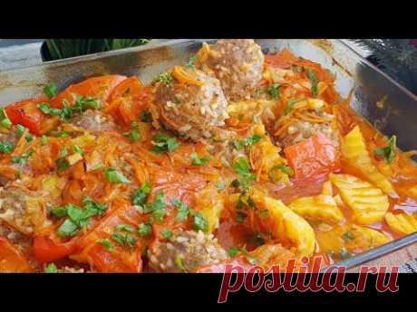 Потрясающее Обед в Духовке,Тефтели с картофелем