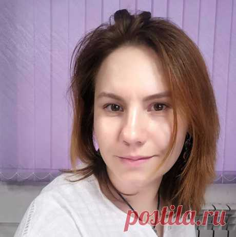 Анна Волощук