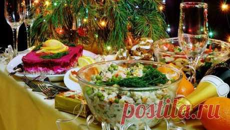 Идеальное горячее блюдо к празднику: три беспроигрышные рецепта. Отличная компания любимым салатам...