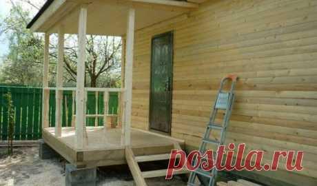 Как правильно построить деревянное крыльцо к частному дому с навесом из дерева своими руками