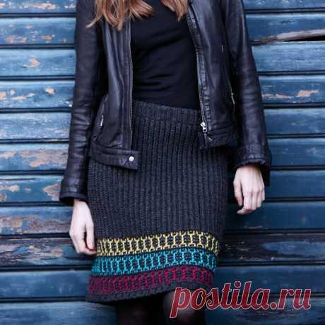 Прямая юбка с цветной каймой - схема вязания спицами. Вяжем Юбки на Verena.ru