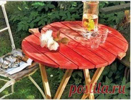 Садовый столик своими руками Садовый столик своими рукамиСадовый столик своими руками это всегда более бюджетный вариант, чем покупной.