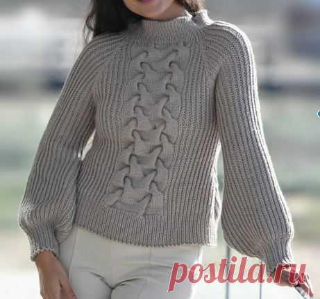Пуловер реглан с крупной косой посередине