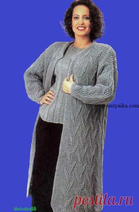 Вязаное женское пальто спицами описание. Вязаные пальто спицами со схемами