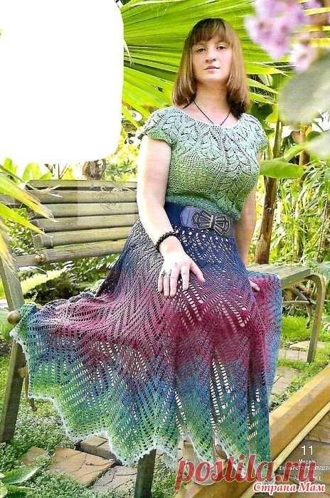 Птица дивная! Эффектное платье из пряжи с градиентом. Мечтаете связать что-то действительно эффектное шикарное эксклюзивное? Платье из пряжи с градиентом-отличный выбор!