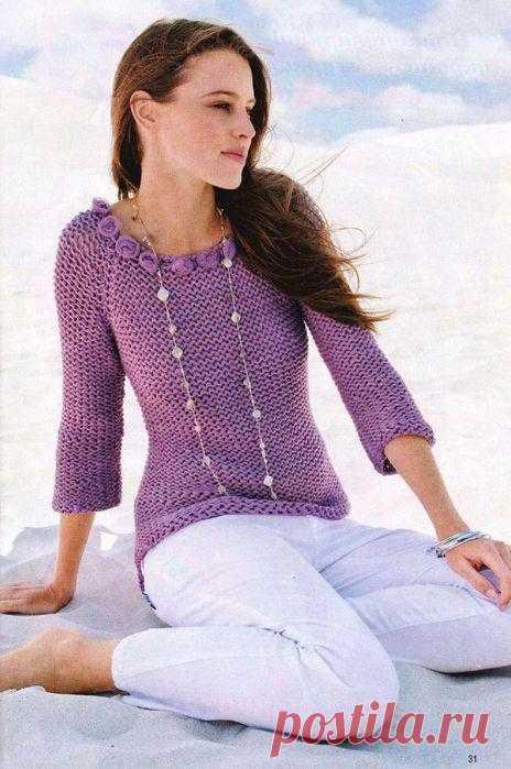 Пуловер с розочками.