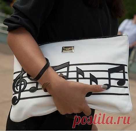В продолжение музыкальной темы / Сумки, клатчи, чемоданы / Модный сайт о стильной переделке одежды и интерьера