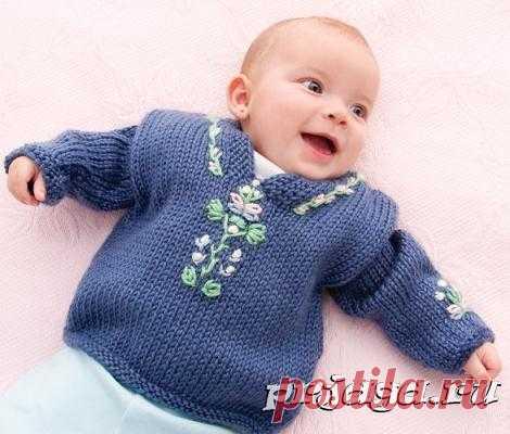 Детский свитер спицами с вышивкой