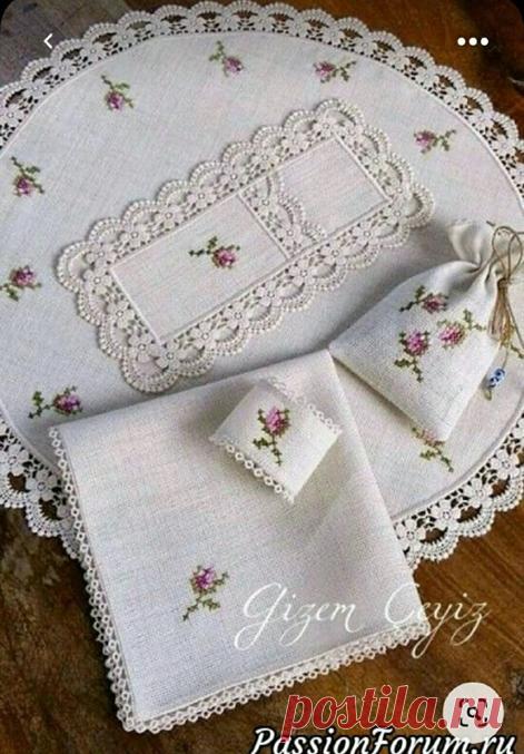 Как же празднично выглядит стол с красивыми салфетками Шитье, вязание, вышивка   Вязание в радость   Яндекс Дзен