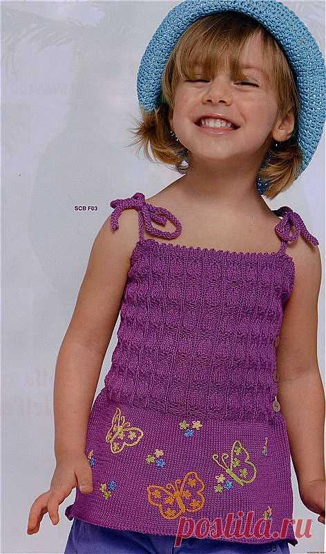 Вязание на спицах топа с вышивкой из Bimbi для девочки..