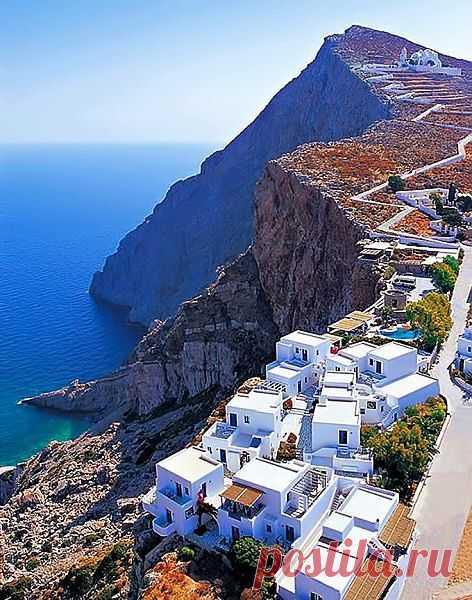 Небольшой остров,который находится в Эгейском море. Исключительно для спокойного и размеренного отдыха. Фолегандрос, Греция