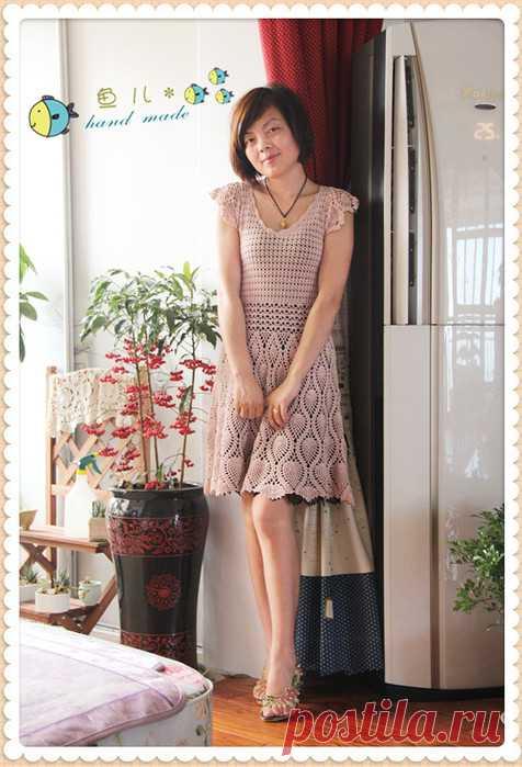 24ded51e680 Ажурное платье узором ананас. Женское платье крючком
