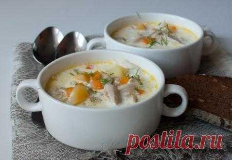 Куриный суп со сливками.