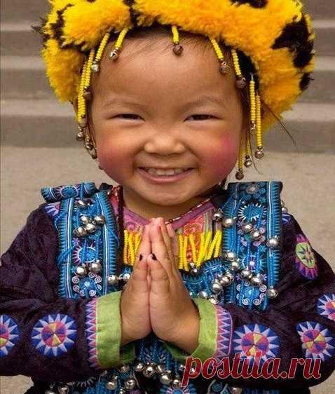«Сияющая улыбка китайца» – узнайте о древней технике снятия нахлынувшего негатива