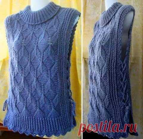 Sleeveless jacket in style of a poncho