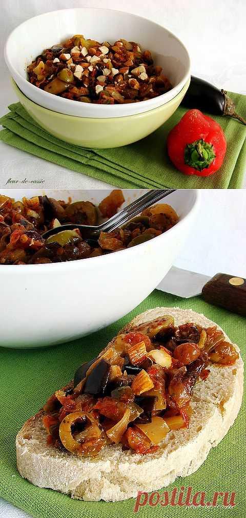 Баклажанное рагу. Рагу выходит очень вкусным. Подойдет так и в холодном,так и в горячем виде.