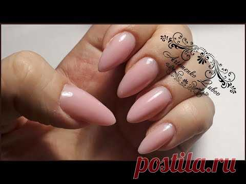 Nail extension Almonds \/ nail extension by gel under a varnish