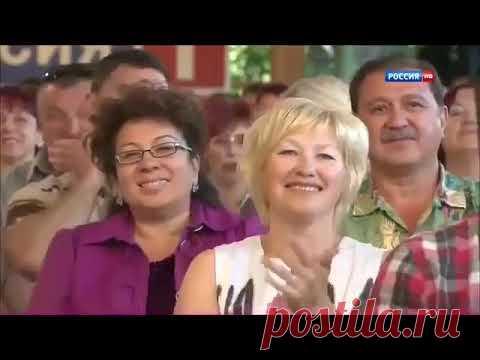 v-toropyah-zadral-yubku-i-porno-film