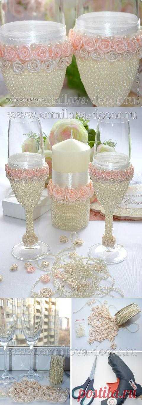 Свадебные бокалы ручной работы. На мой взгляд очень нежно получилось)