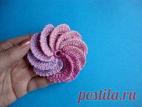 ▶ the Spiral flower Knitting by a hook the Lesson 22 Spiral crochet flower - YouTube
