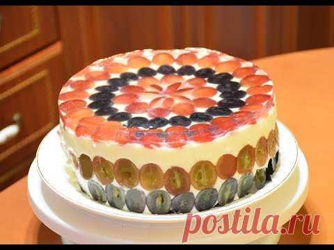 Бисквитный торт-суфле с виноградом