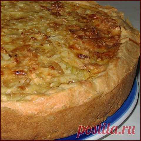 Луковый пирог с плавленными сырками | Банк кулинарных рецептов