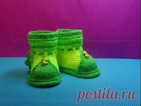 Knitting by bootee spokes DUCKLINGS