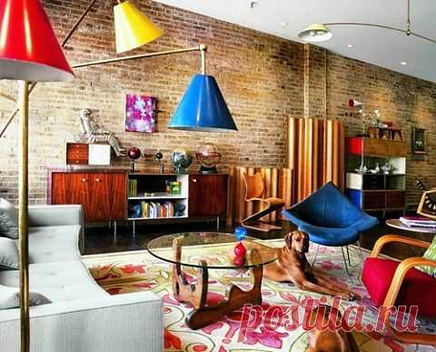 Интерьер в стиле лофт! Стиль лофт в классическом понимании представляет собой гармоничное сочетание современной мебели, бытовой техники на фоне голых кирпичных или бетонных стен.