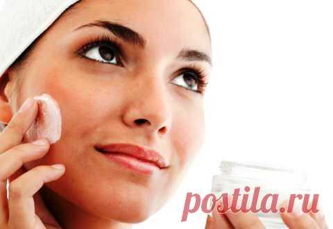 Польза крема для кожи лица с ретинолом