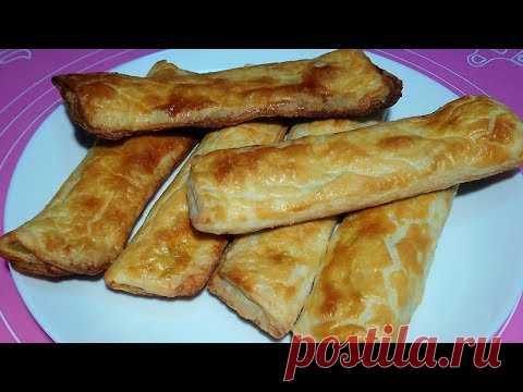 Луково-чесночные слоеные палочки - ароматная закуска за 15 минут
