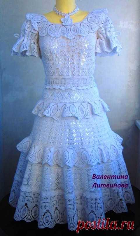 Детское платье Праздничное, связанное крючком. Работа Валентины Литвиновой