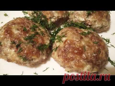 Grechaniki en el horno. La gitana prepara las albóndigas grechnevye.