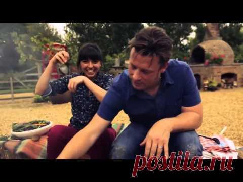 Джейми Оливер и Фелицитас Писарро    Свинина на гриле с кленово ромовым соусом