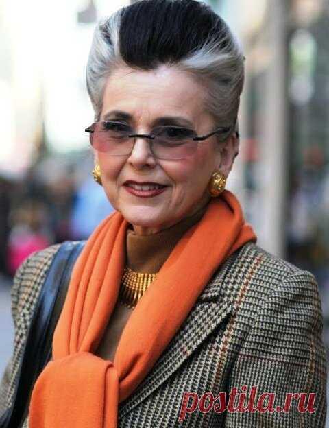 Эффектные шарфы, которые делают зрелых женщин шикарными дамами | Мода в деталях | Яндекс Дзен
