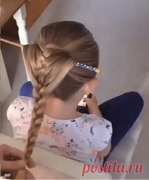 Очень красивая коса при помощи карандаша