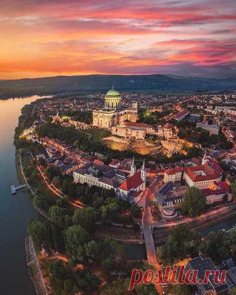 #Венгрия@discoverygroup