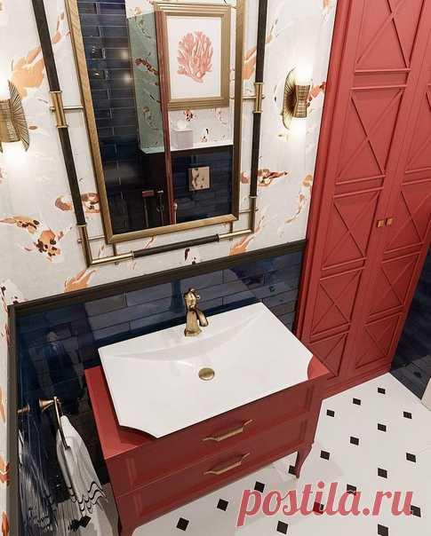 Ванная комната на стиле и красоте. Отличное сочетание красного и черного.