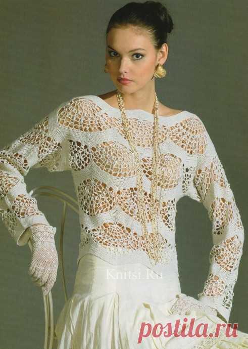 Нежная белая блузка