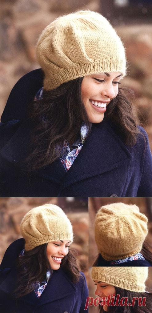 Вяжем спицами красивые шапки со складками сбоку или на затылке для женщин – 2 модели с описанием и МК видео
