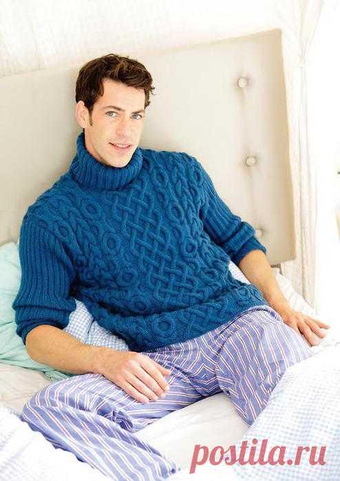 Мужской свитер с рельефным узором.